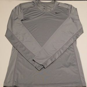 Nike Men's Dri-Fit Long Sleeve Size Small